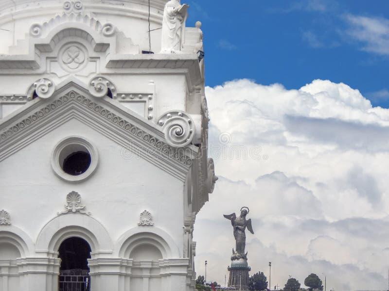 De Metropolitaanse Kathedraal van de detailmening van Quito in Ecuador stock foto's