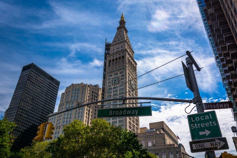 De Metropolitaanse Toren van het Levensverzekeringsbedrijf en Broadway-stree stock foto