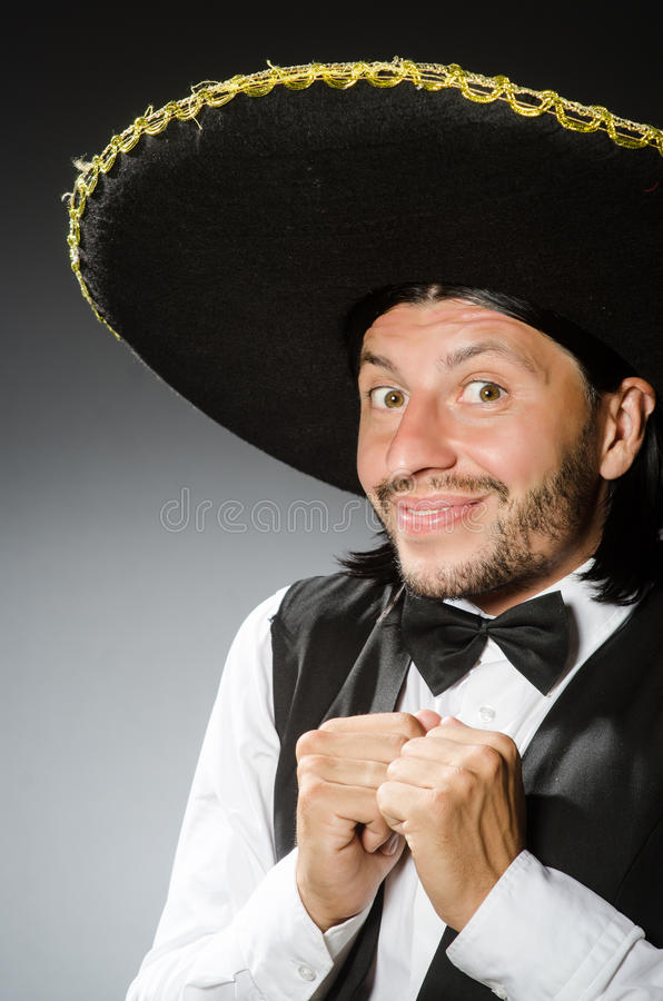 De Mexicaanse mens draagt sombrero op het wit stock afbeelding