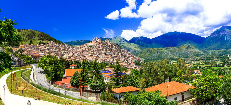 De middeleeuwse dorpen van Moranocalabro van Italië, Calabrië royalty-vrije stock foto