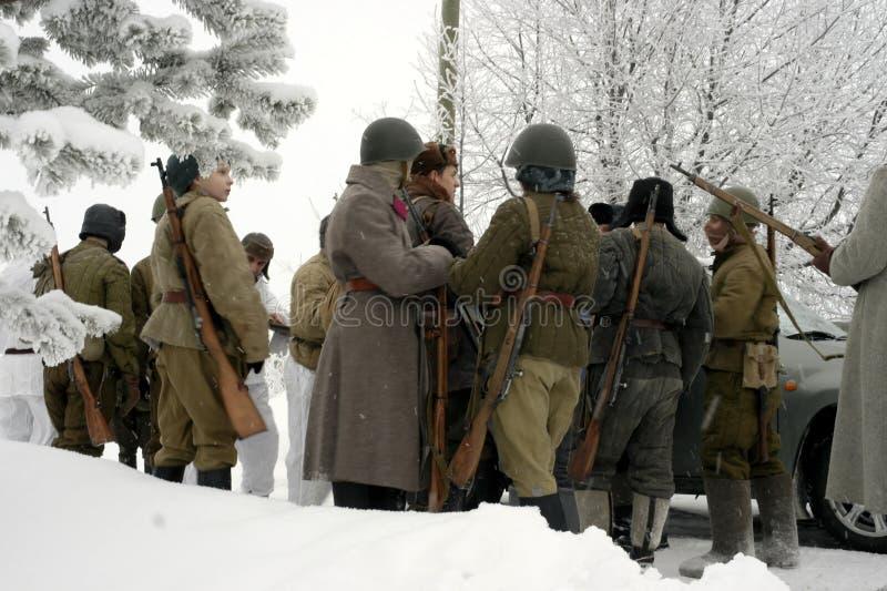 De militair-historische wederopbouw de 'Doorbraak van de blokkade van Leningrad op het gebied van Nevskaya Dubrovka 'was gehouden stock afbeelding