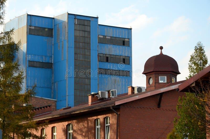 De min byggnaderna arkivbilder
