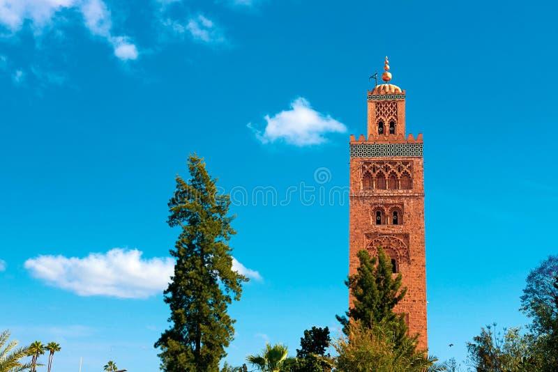 De minaret van de Koutoubiamoskee in oude medina van Marrakech royalty-vrije stock foto's