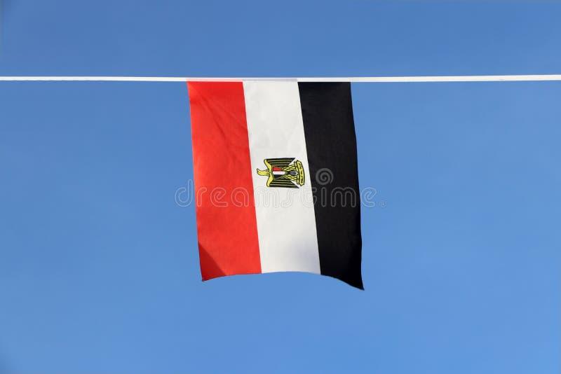 De minivlag van het stoffenspoor van Egypte, het is een tricolor bestaand uit de drie gelijke horizontale rode, witte, en zwarte  royalty-vrije stock foto
