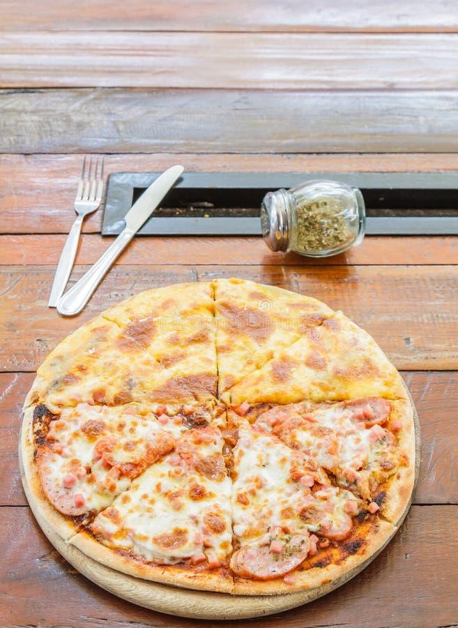 De Minnaar en de kaas van het pizzavlees royalty-vrije stock foto