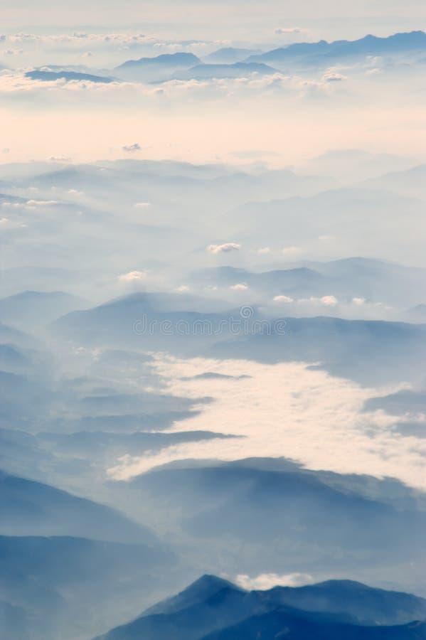 De mist van de ochtend vally. stock foto