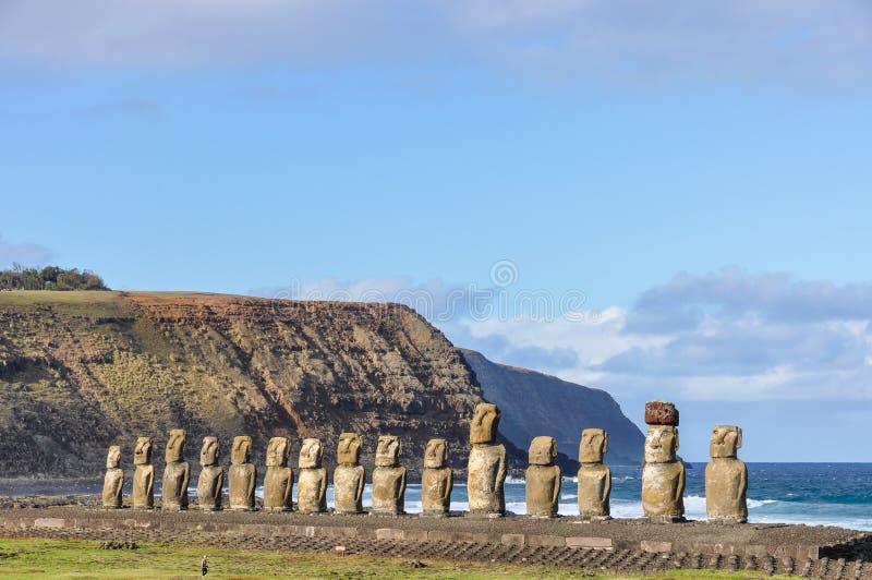 De 15 moaistatyerna i Ahu Tongariki, påskö, Chile arkivfoto