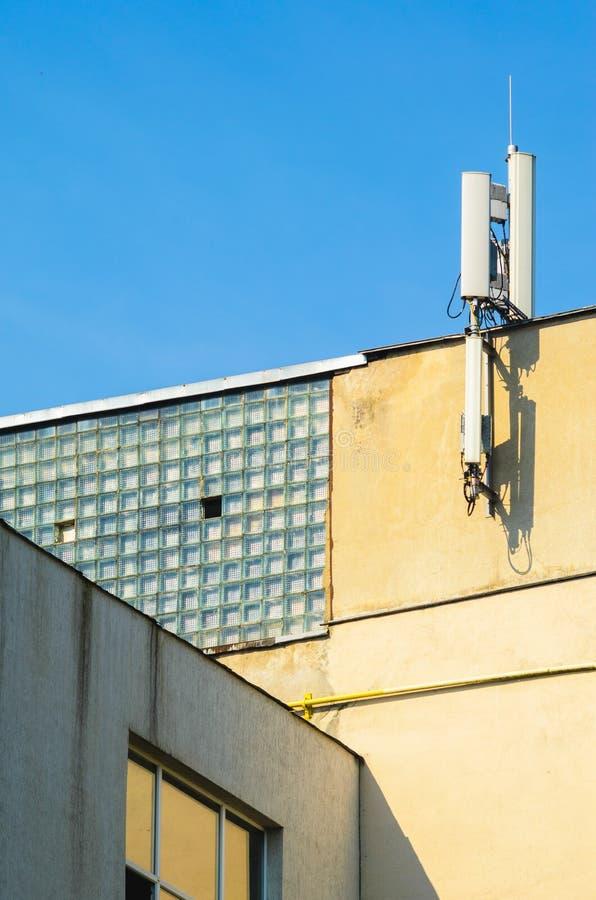 De mobiele Antennes van de Telefoonexploitant stock afbeelding
