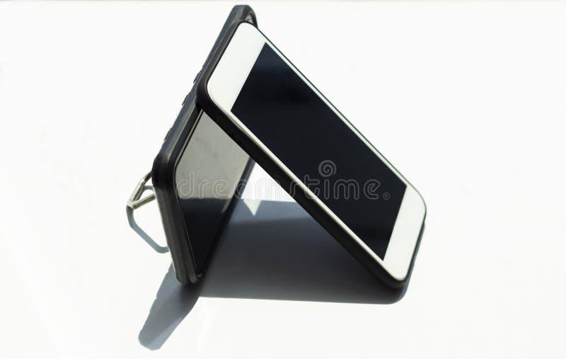 De mobil telefoon draadloze het laden technologie royalty-vrije stock afbeelding