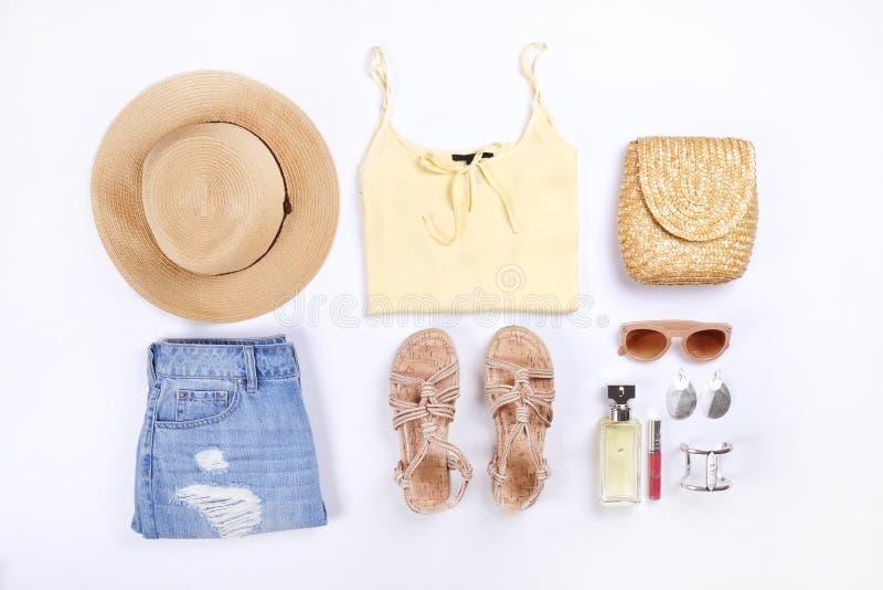 De moda modernos buscan el lookbook elegante del blog de la moda Endecha plana de la ropa elegante para la revista de la mujer imagen de archivo libre de regalías