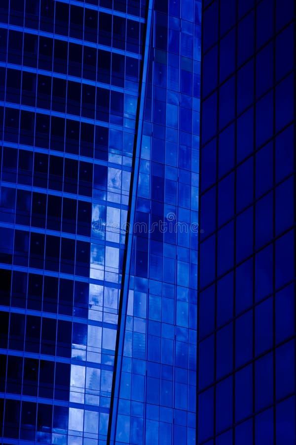 De moderne blauwe bouw royalty-vrije stock afbeelding