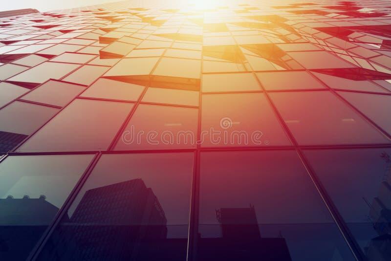 De moderne bouw van een wolkenkrabber Concept bedrijfsucces royalty-vrije stock foto
