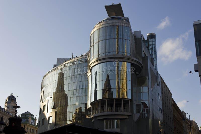 De moderne bouw van Haashaus in Wenen stock afbeeldingen