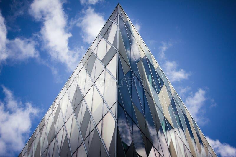 De moderne Bureaubouw, Manchester het UK stock fotografie