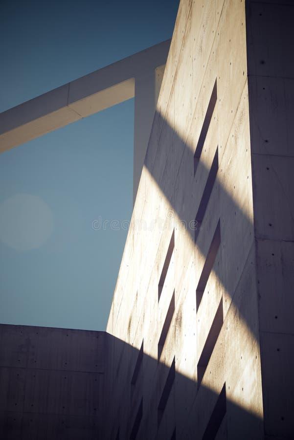 De moderne Concrete Bouw stock afbeeldingen