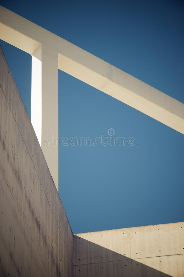 De moderne Concrete Bouw royalty-vrije stock foto's