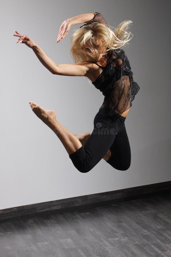 De moderne danser royalty-vrije stock fotografie
