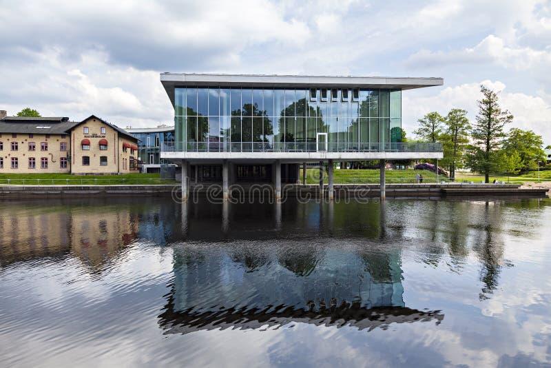 De moderne glas bouw royalty-vrije stock afbeelding