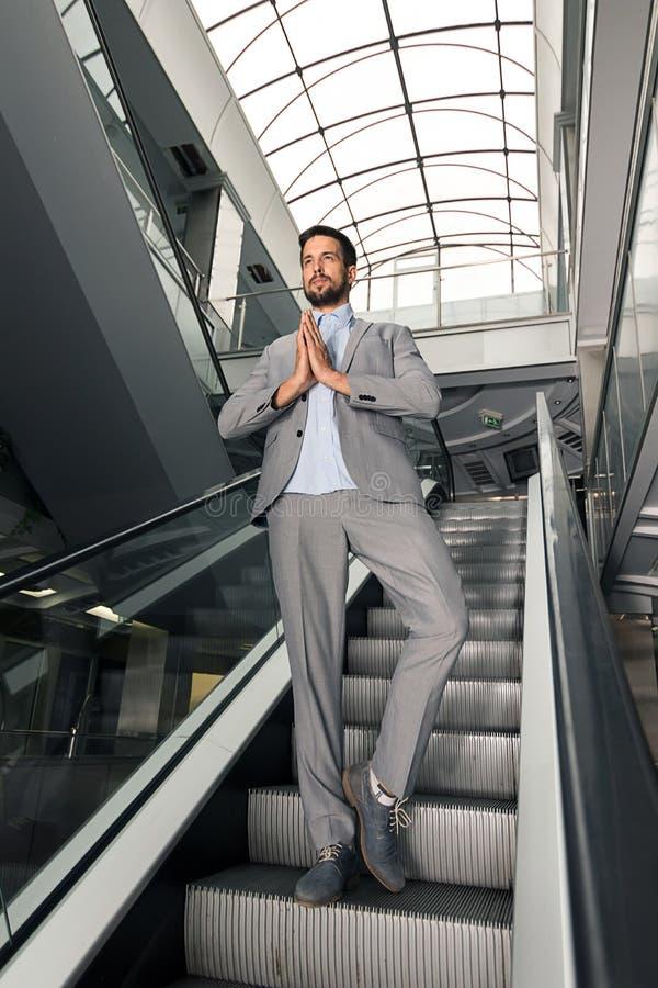 De moderne mensenyoga stelt Stedelijke yoga royalty-vrije stock foto