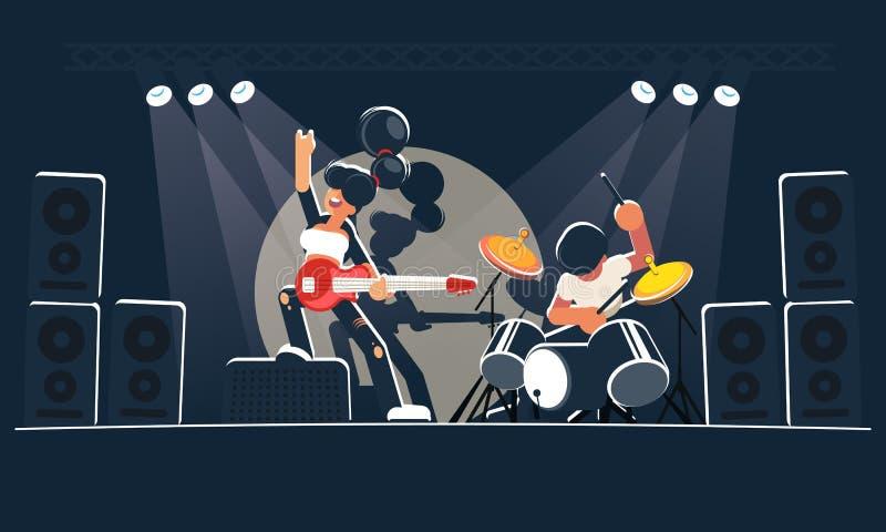 De moderne muziekband toont een overleg op een donker stadium in de heldere stralen Een mooie meisjesgitarist met een rode elektr royalty-vrije illustratie