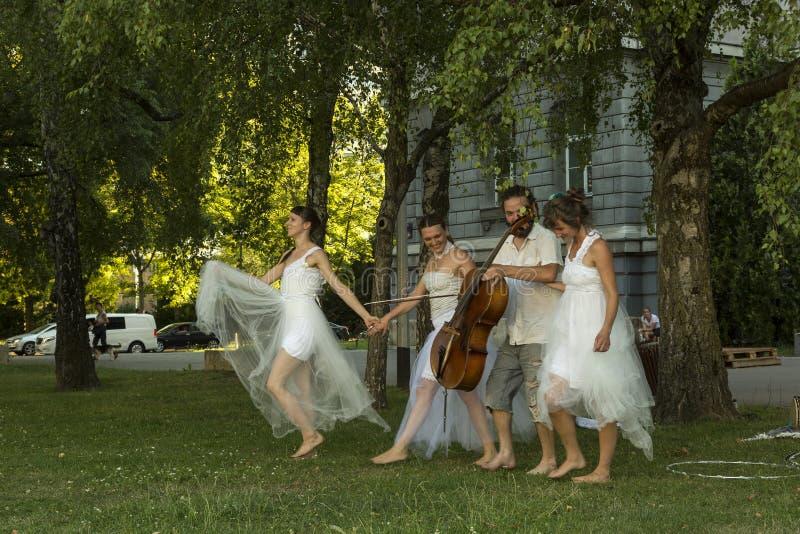 De moderne Prestaties van de Dans royalty-vrije stock fotografie