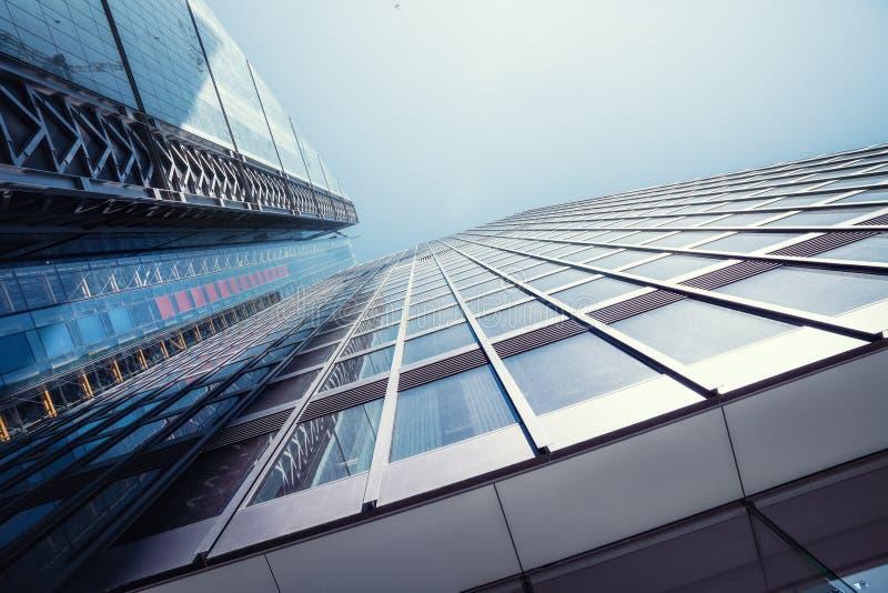 Moderne kantoorgebouwen wolkenkrabber in Londen stock foto