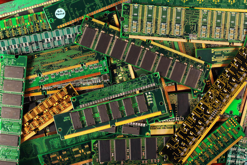 De modules van het computergeheugen als achtergrond dimm simm sdram de spaanders van Ddr royalty-vrije stock foto