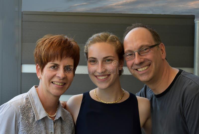 De moeder en de dochter van de vader royalty-vrije stock fotografie