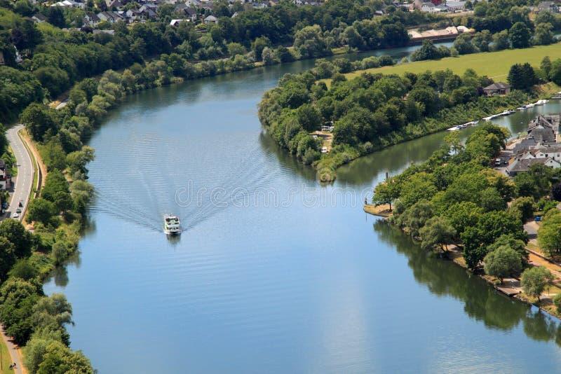De Moezel-rivier in Duitsland stock afbeelding