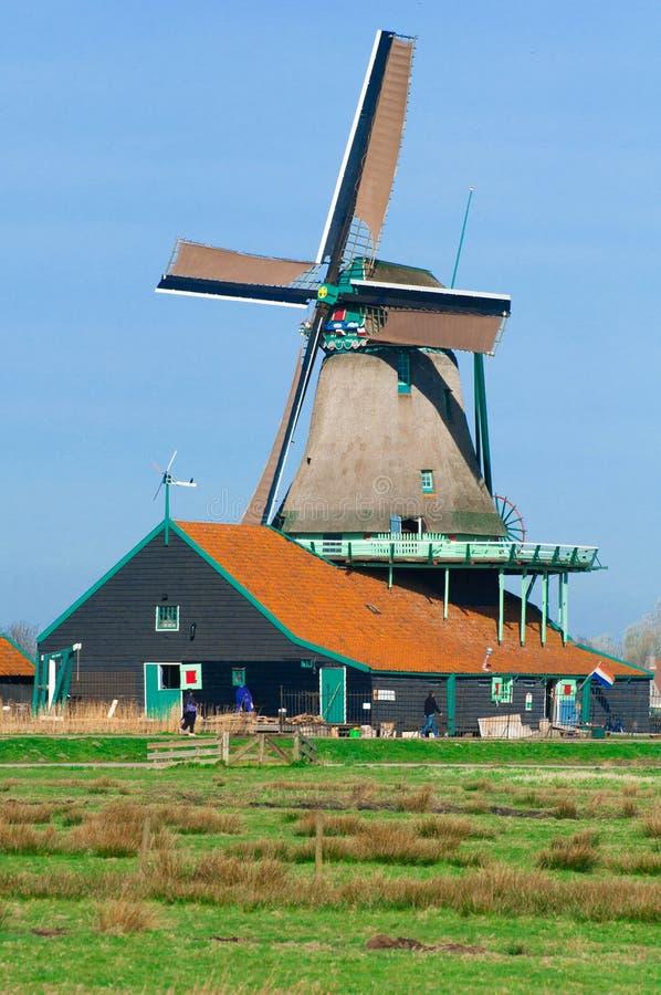 De molen van de wind stock afbeeldingen