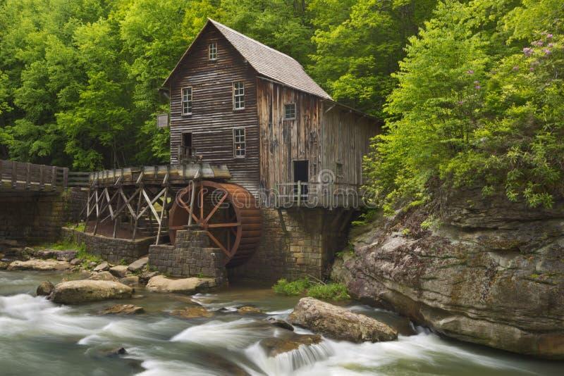 De Molen van het de Kreekmaalkoren van de open plek in West-Virginia, de V.S. stock foto