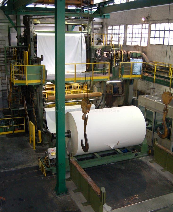 De molen van het papier en van de pulp stock afbeeldingen