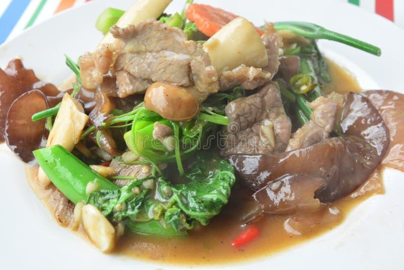 De Mongools-Stijl be*wegen-gebraden groenten royalty-vrije stock foto