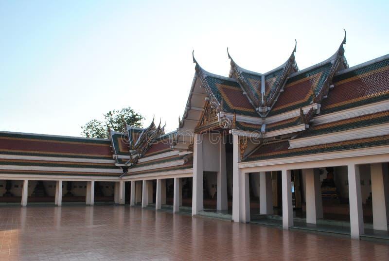 De mooie Boeddhistische Bouw bij Wat Pra Sri Mahatatu-tempel in Bangkok Thailand royalty-vrije stock foto