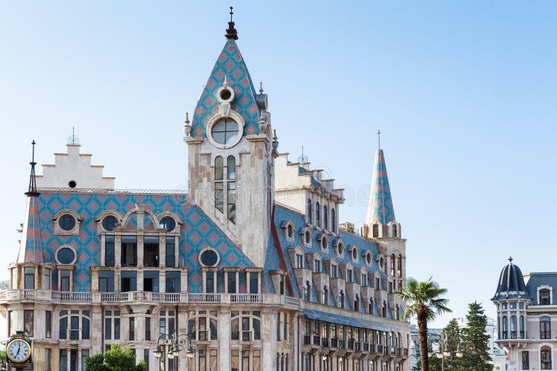 De mooie bouw bij het Vierkant van Europa Batumi, Georgië stock foto's