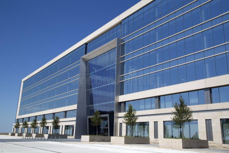 De mooie Dallas Cowboys-bouw van het hoofdkwartierbureau stock foto
