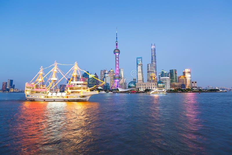 de mooie gebouwen van het de stadsoriëntatiepunt van Shanghai royalty-vrije stock fotografie