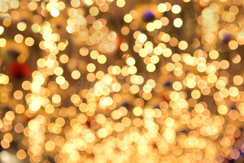 De mooie gele lichten van de Kerstmisfee in ondiepe dof royalty-vrije stock foto