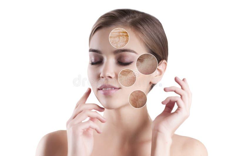 De mooie jonge vóór en na natuurlijke pijl van het meisjes schone gezicht stock foto