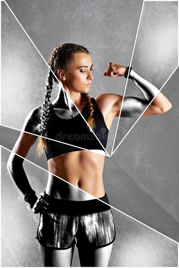 De mooie jonge vrouw toont haar bicepsen stock afbeelding