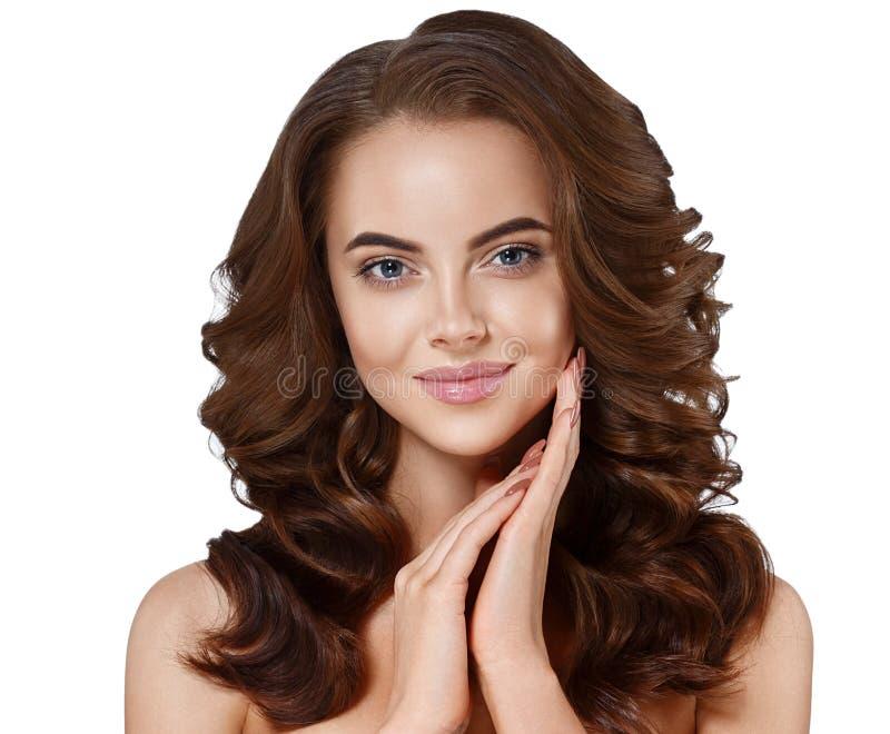 De mooie jongelui van het het portret lange mooie haar van het vrouwengezicht dichte omhooggaande royalty-vrije stock afbeelding