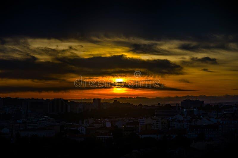 De mooie kleurrijke luchtmening van het zonsondergang panoramische landschap van Lis royalty-vrije stock foto's