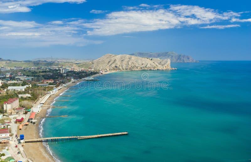 De mooie kust van de Zwarte Zee in Sudak-stad royalty-vrije stock foto's