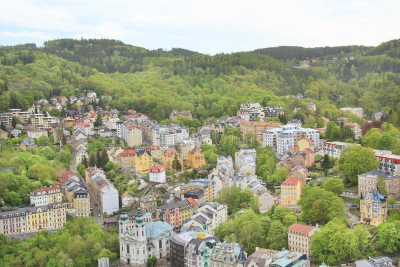 De mooie mening van Karlovy vari?ërt, Tsjechische Republiek stock afbeelding