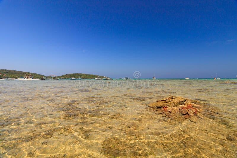 De Mooie oorspronkelijke stranden van Karimunjawa, Java, Indonesië royalty-vrije stock afbeelding