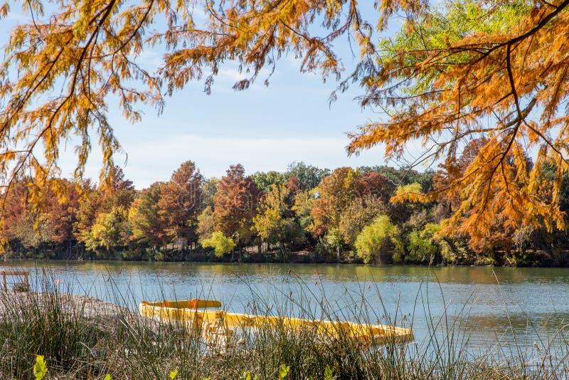 De mooie Rivier van Colorado in Austin, Texas, de V.S. royalty-vrije stock afbeelding