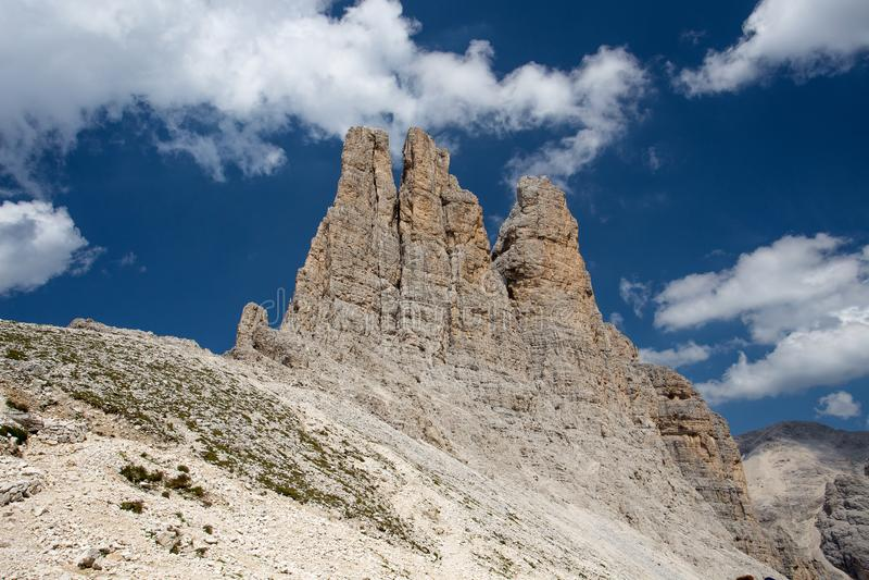 De mooie schoonheid van landschapsitalië, Dolomiet/Dolomiti-bergen, Catinaccio/Rosengarten, Torri del Vajolet/Vajolet royalty-vrije stock afbeelding
