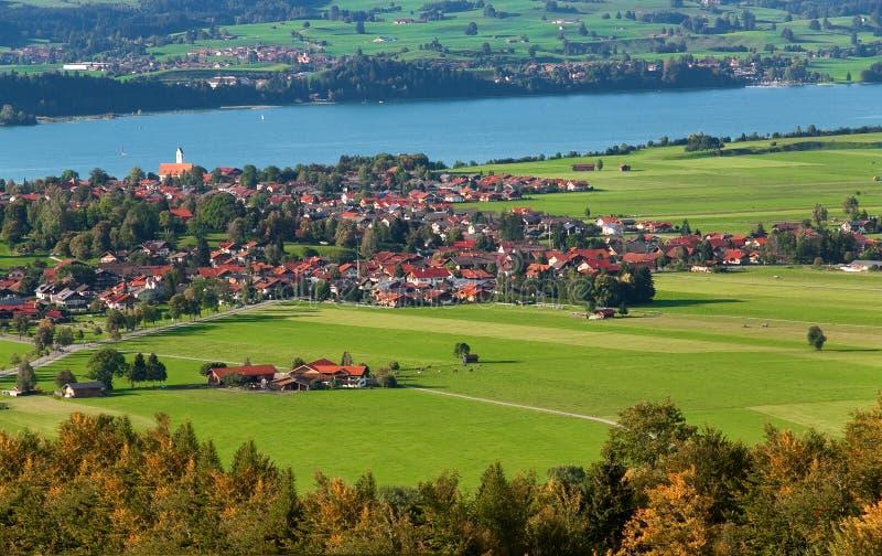De mooie stad genoemd Fussen/FÃ ¼ ssen in Beieren, Duitsland stock foto
