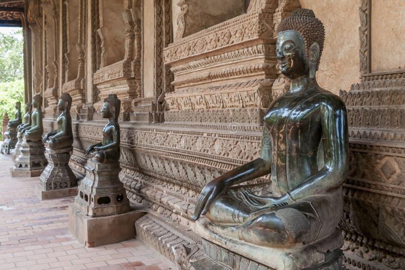De mooie standbeelden van Boedha in de Ho Pha Keo-tempel in Vientiane, Laos royalty-vrije stock afbeeldingen