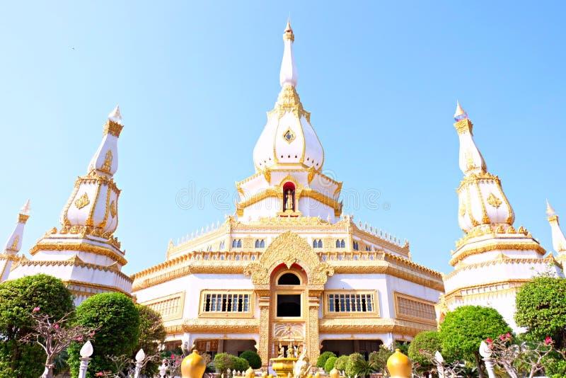 De mooie tempel in Roiet, Thailand royalty-vrije stock afbeelding